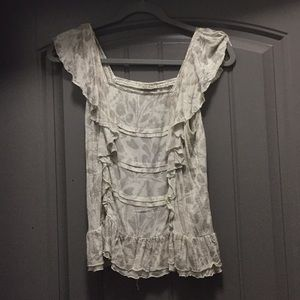 Lucky Brand Tops - Ruffle sleeved top